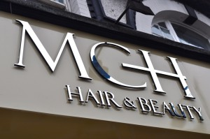 hair and beauty salon signage in lakeside essex area
