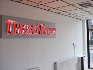 sign company grays essex